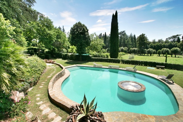 The pool at La Scuderia, a villa near Cortona in Tuscany