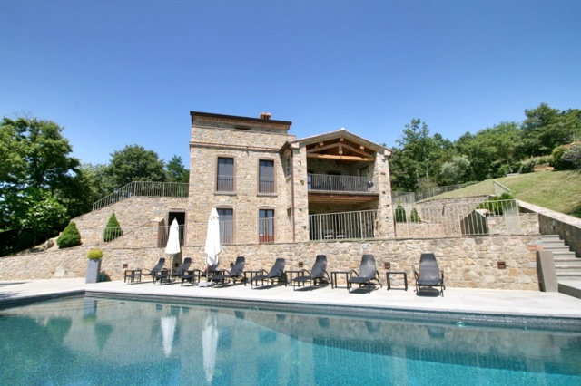 Villa Padrone, luxury holiday accommodation on the Tuscany Umbria border