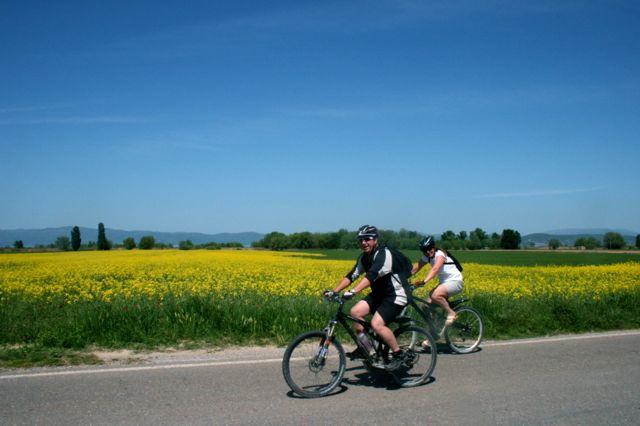 Cycling around Lake Trasimeno