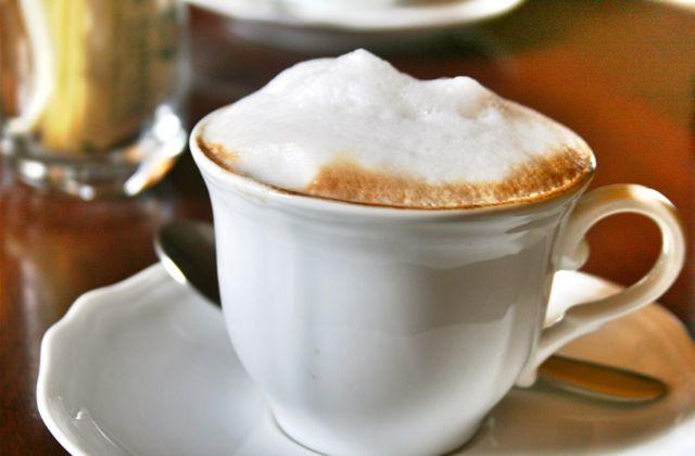 Cappuccino at Bar La saletta in Cortona