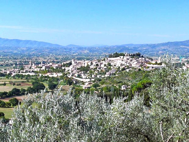 The hill town of Spello in Umbria, italy