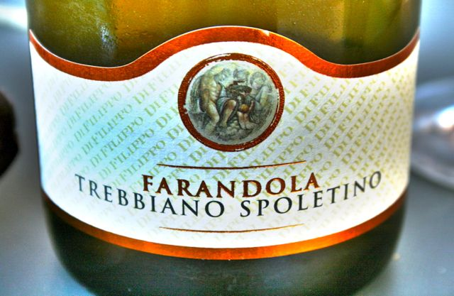 Farandola, wine made from the Trebbiano Spoletino grape