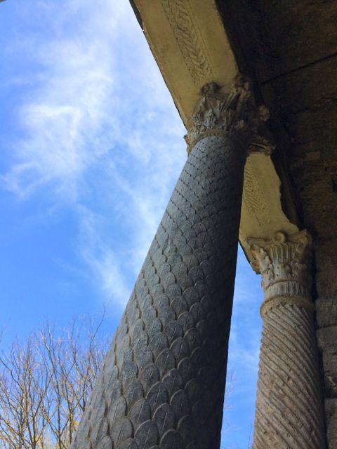 Roman columns on the Tempietto del Clitunno