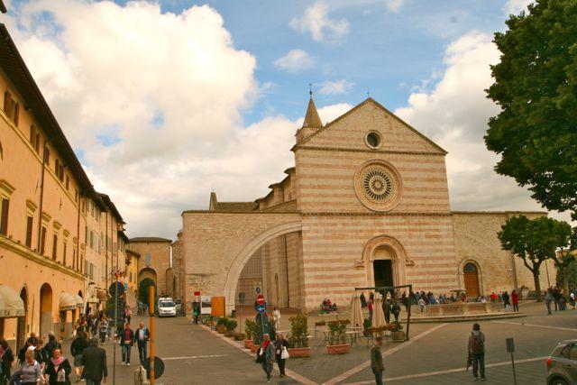 Basilica di Santa Chiara, Assisi, Umbria