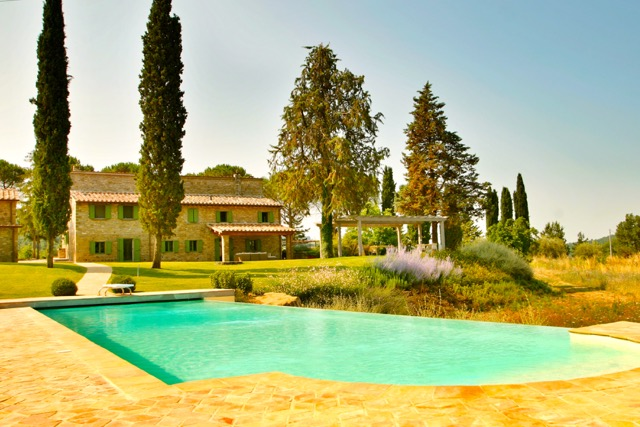 Fonticchio di Sopra, luxury vacation villa, Tuscany Umbria border, Italy