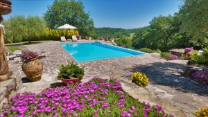 La Fontanina Swimming Pool & Garden Flowers